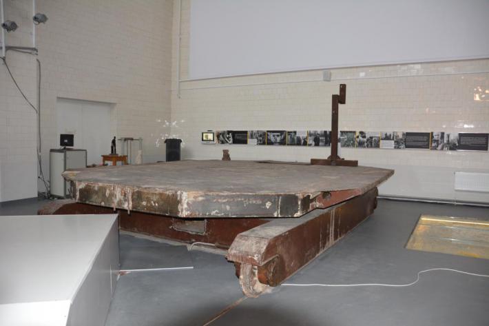 платформа для скульптуры