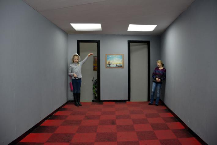 Комната Эймса Музей оптических иллюзий